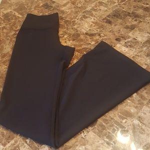 Lululemon Black Bootcut Pants in size 6.